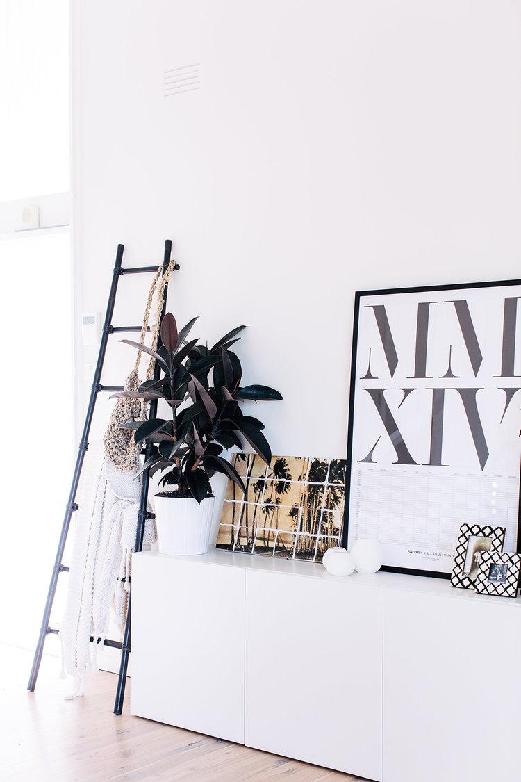 Consejos-decorar-con-fibras-naturales-aparador-02